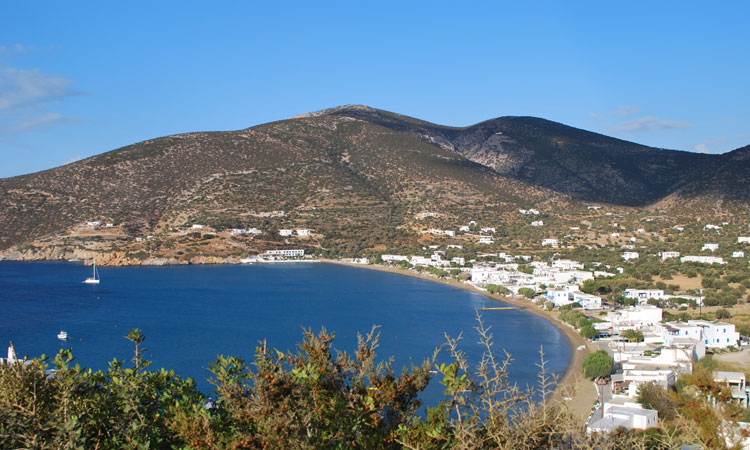 Sifnos hotels. Contact with Ostria studios in Sifnos